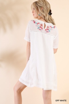 umgee  Embroidered Beauty - Product List Image