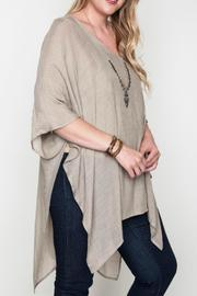 Umgee USA V-Neck Caftan - Back cropped