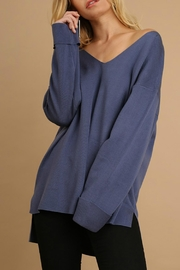 Umgee USA V Neck Light Sweater - Front cropped