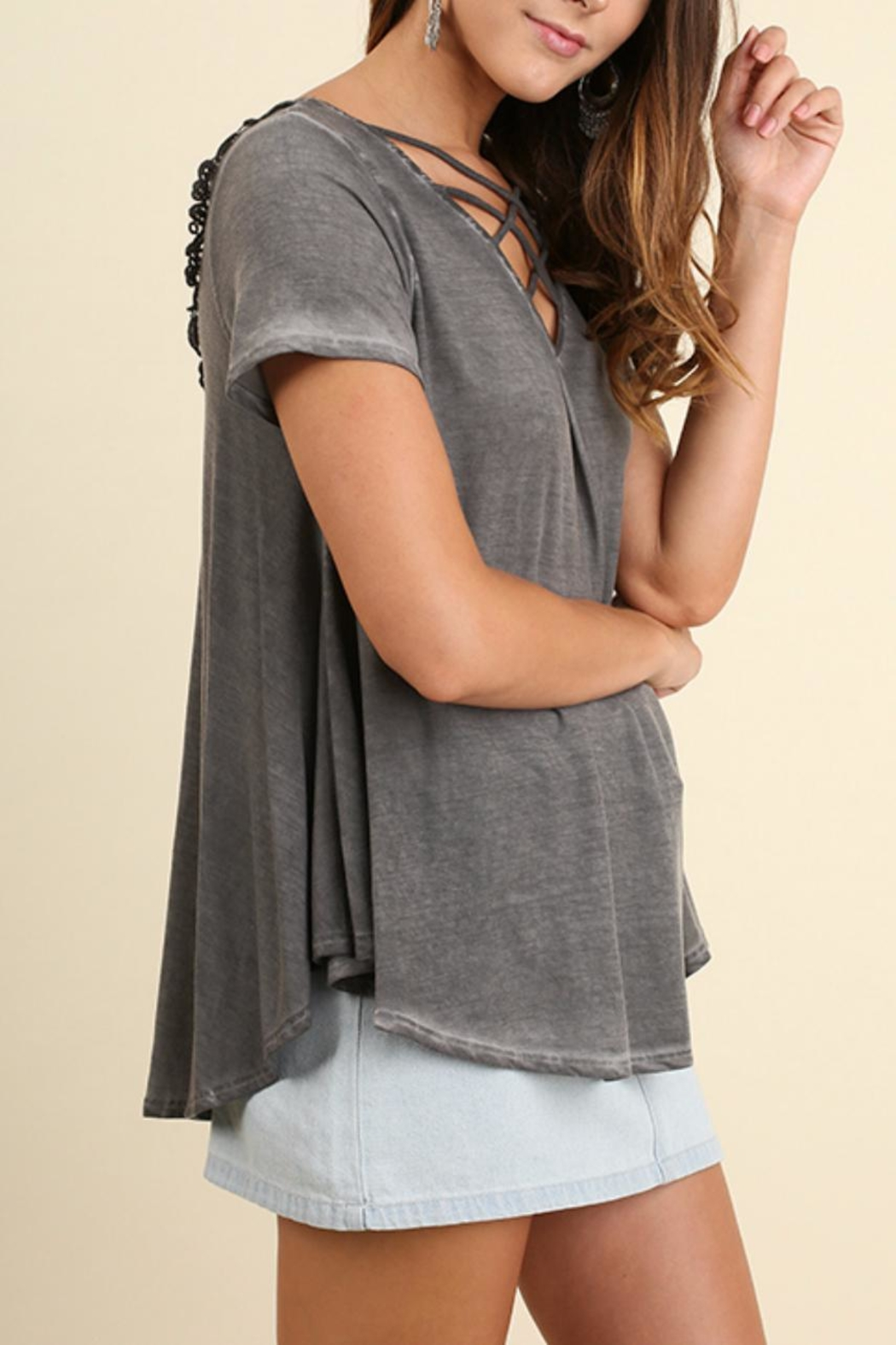 Umgee USA V Neck Top - Front Full Image