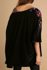 Umgee USA Velvet Embroidered Kimono - Side cropped