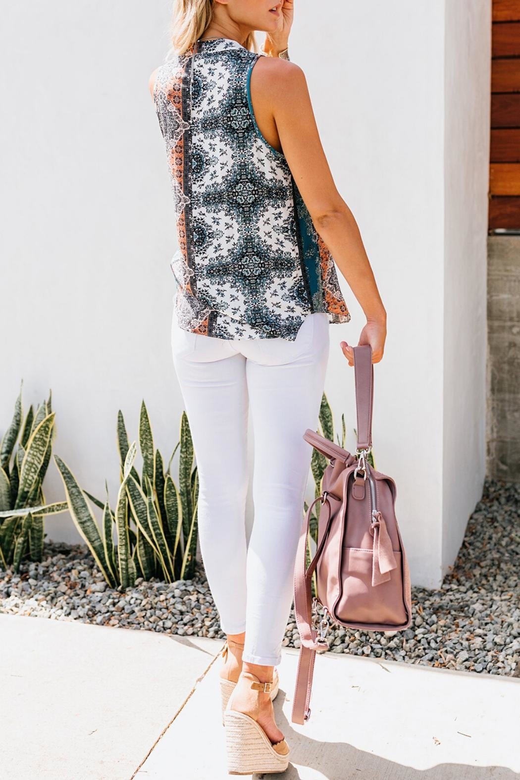 Unbranded Printed Sleeveless Blouse - Side Cropped Image