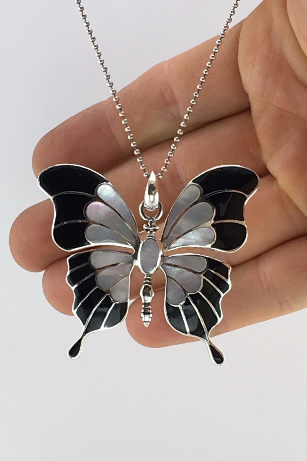Unbranded Shell-Pearl-Inlay Black-And-White Sterling-Silver-Butterfly-Pendant - Main Image