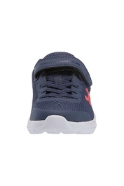 Under Armour Boys UA PS Surge 2 AC - Front full body