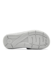 Under Armour Girls Ignite Swerve Slide in Halo Gray - Front full body