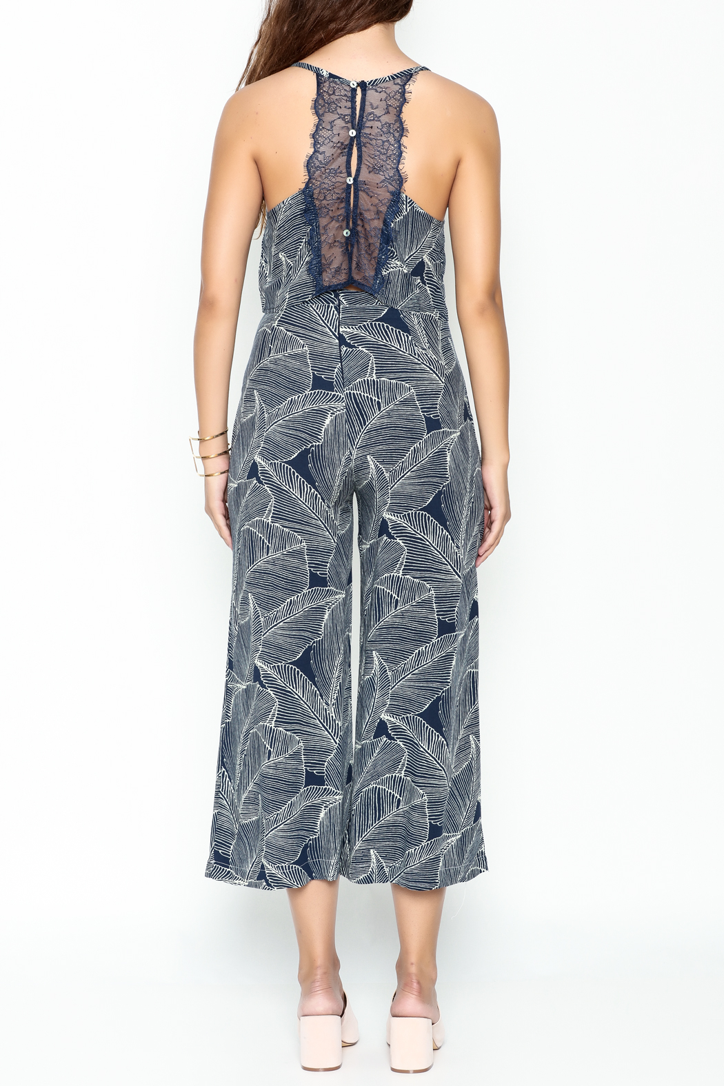 Uniq Leaf Pant Set - Back Cropped Image