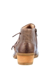 Unity.In.Diversity Ankel Boot - Side cropped