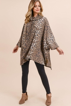 Unknown Factory Animal Print Cape - Product List Image