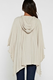 Unknown Factory Elle Poncho - Side cropped