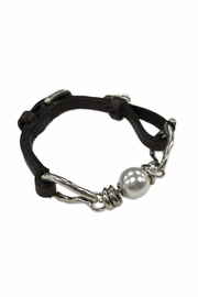 Uno de 50 Leather Pearl Bracelet - Product Mini Image