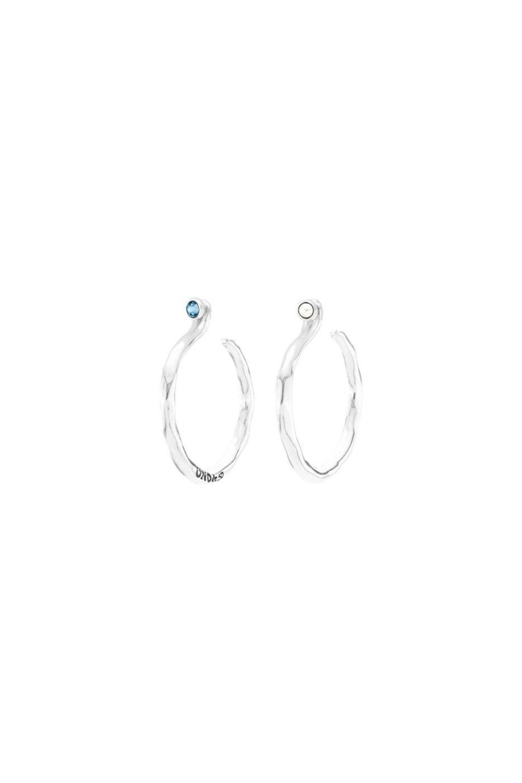 Uno de 50 Under Protection Earrings - Main Image