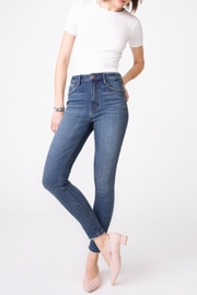 Unpublished Ella Sky High Skinny In Moxie - Front full body