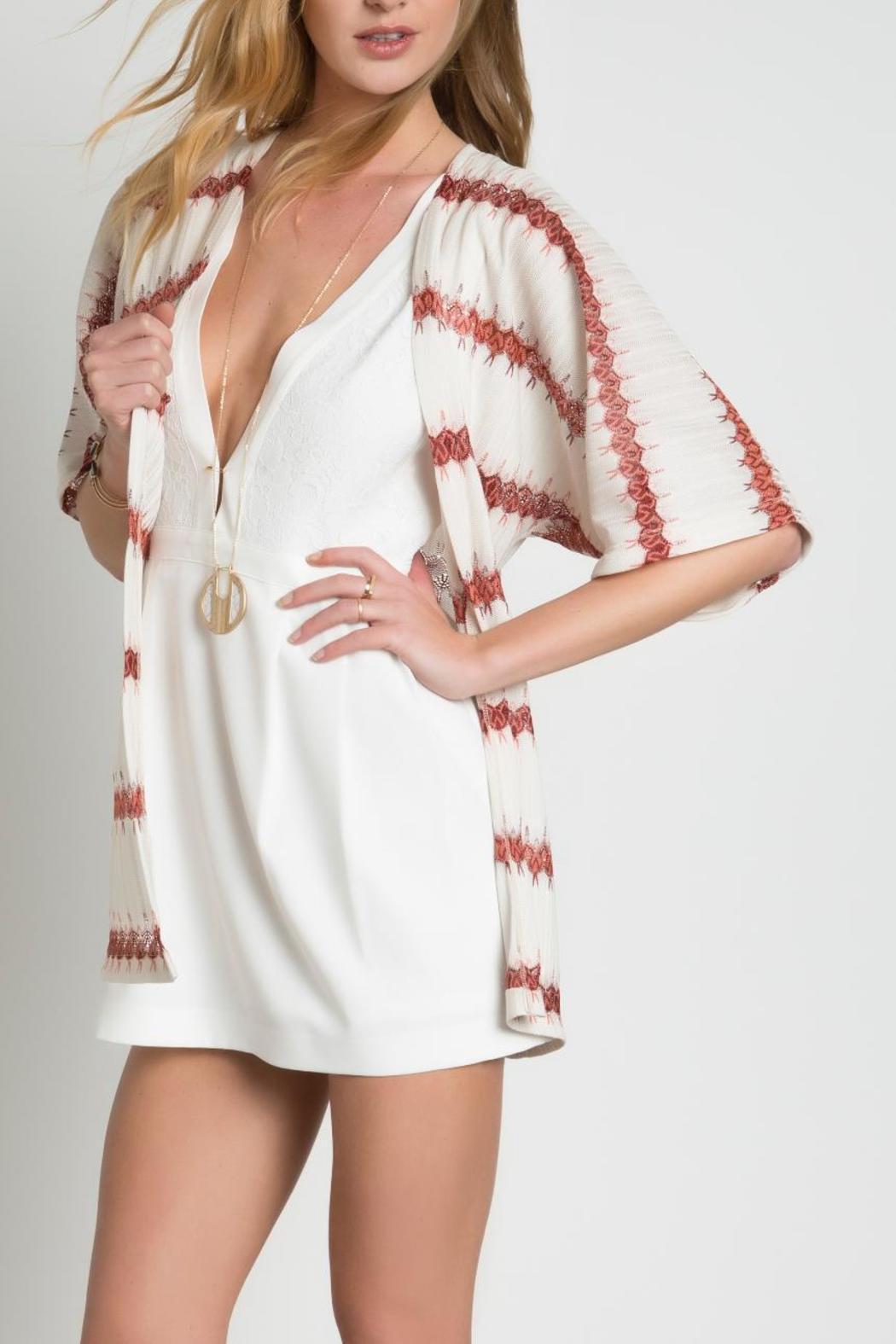 Urban Touch Knitted Printed Kimono - Side Cropped Image