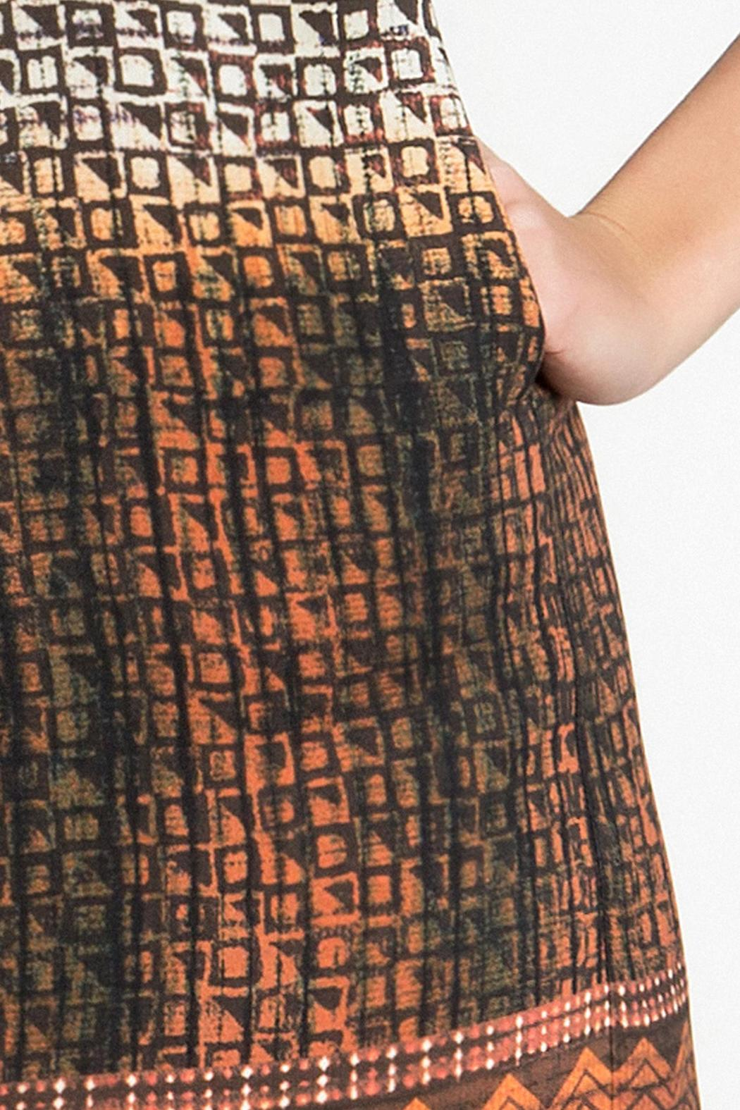 Urban Touch Printed Shift Dress - Back Cropped Image
