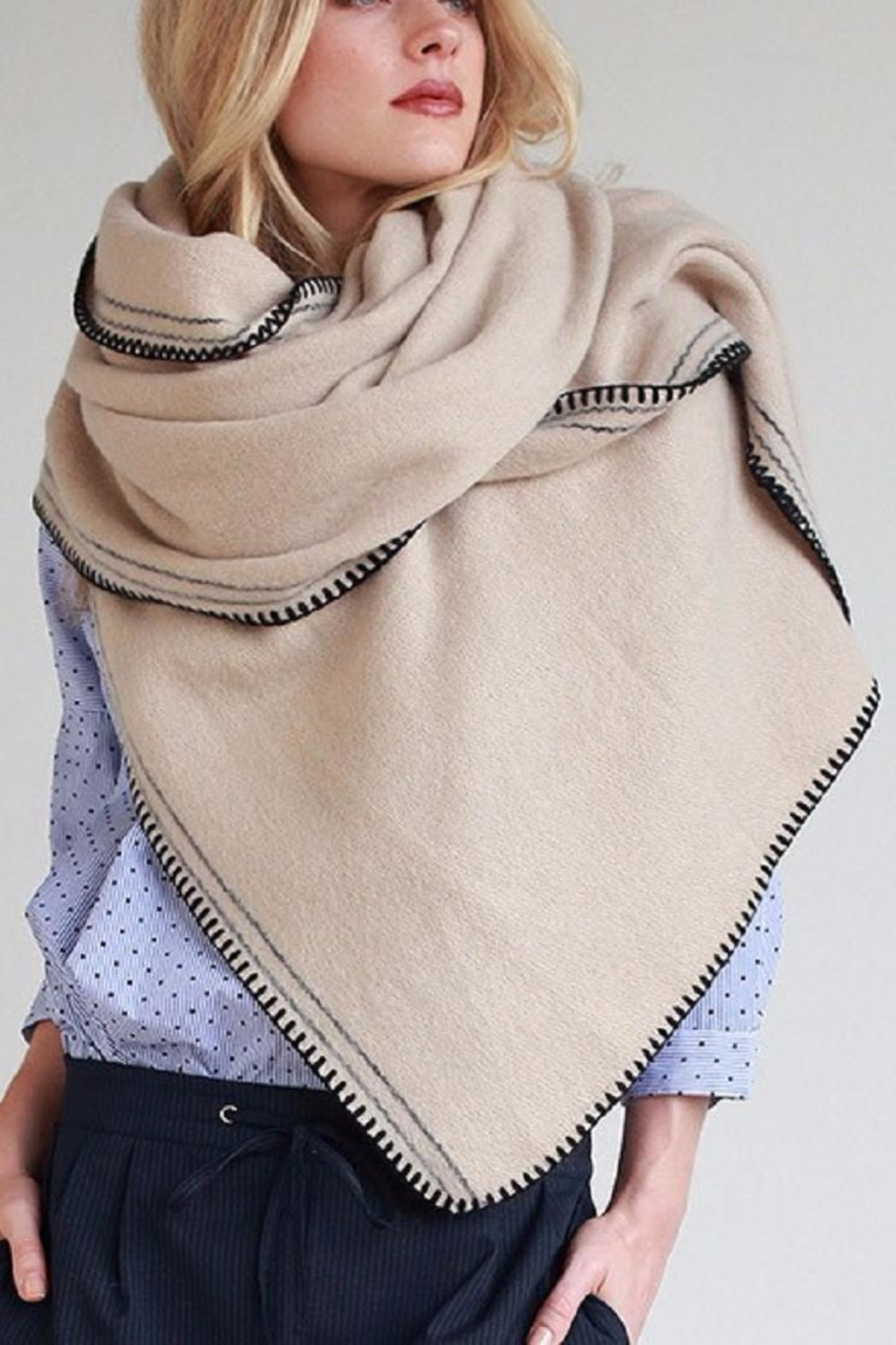 Urbanista Soft Comfy Scarf - Front Full Image