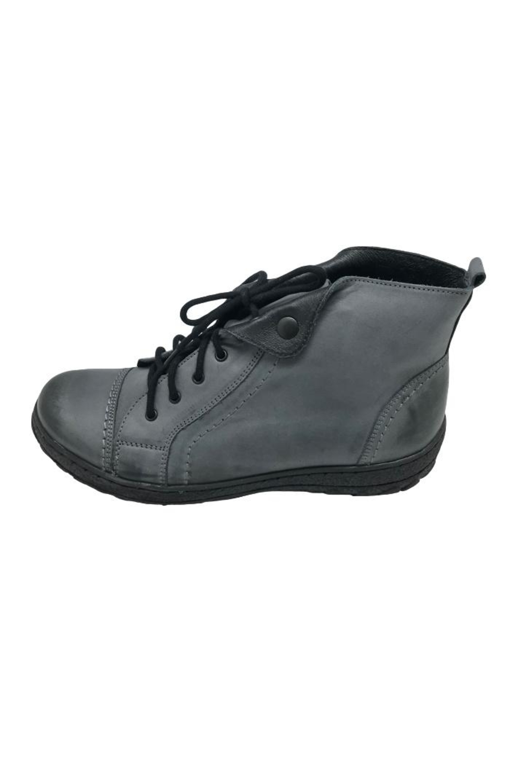 V-Italia High-Top Leather Shoe - Front Cropped Image