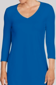 JudyP V-Neck 3/4 Sleeve Tunic - Product Mini Image