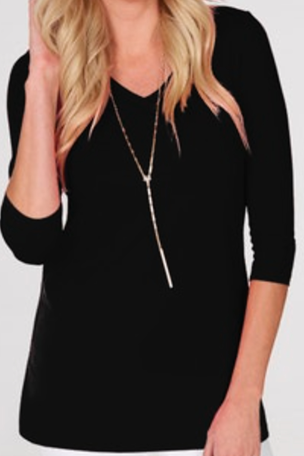 JudyP V-Neck 3/4 Sleeve Tunic - Front Cropped Image