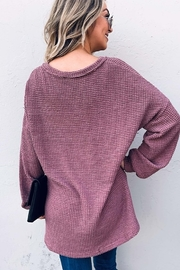 And the Why V Neck Casual Knit Tunic Top - Side cropped