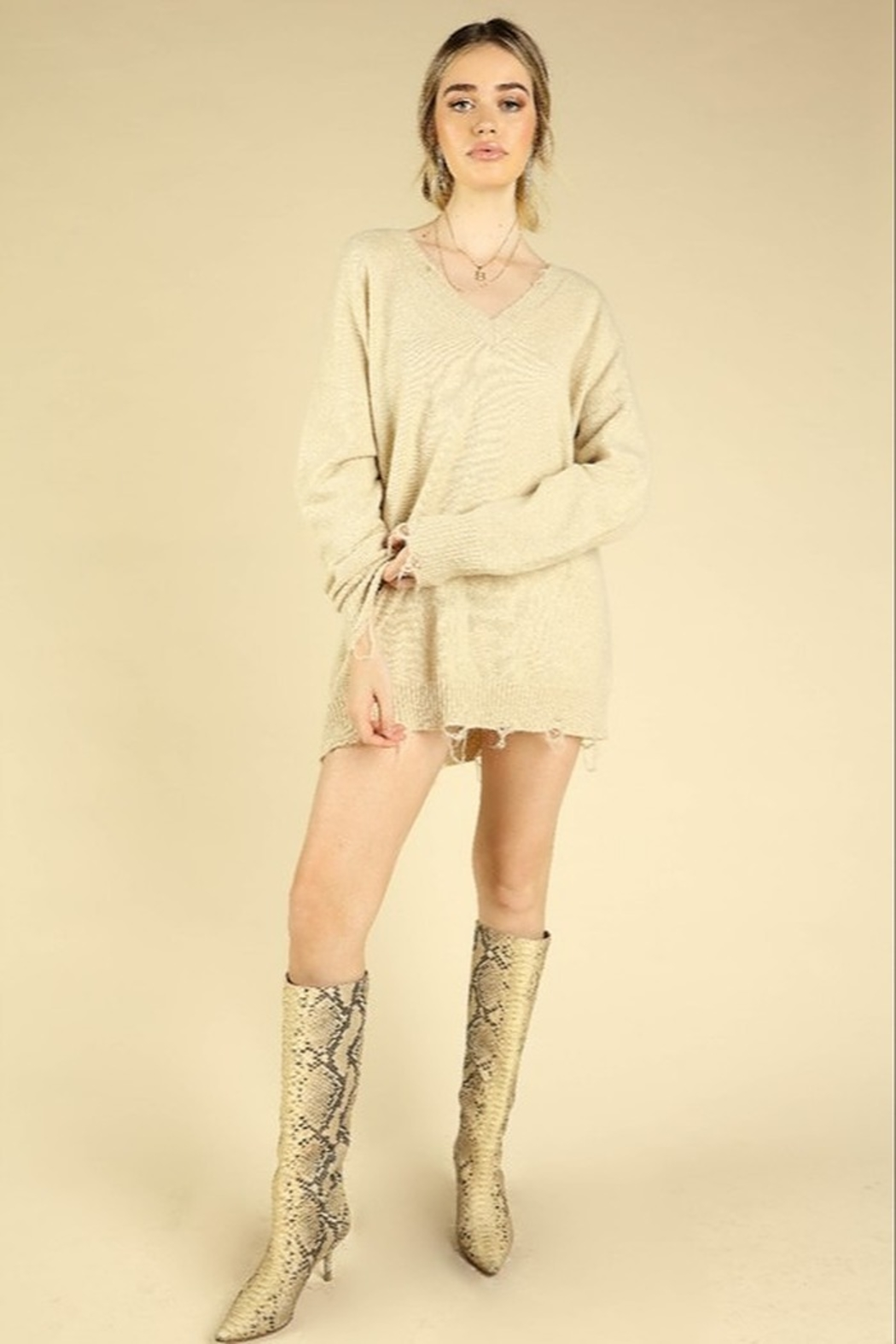 Honey Punch V-Neck Distressed Sweater - Side Cropped Image