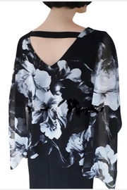 Frank Lyman V-neck  floral sheath dress - Product Mini Image