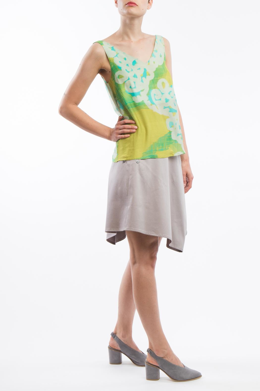 Clara Kaesdorf V-Neck Print Yellow - Back Cropped Image