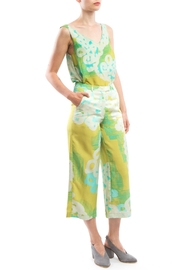 Clara Kaesdorf V-Neck Print Yellow - Front full body