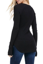 Sapphire O V-Neck Thermal Long-Sleeve - Back cropped