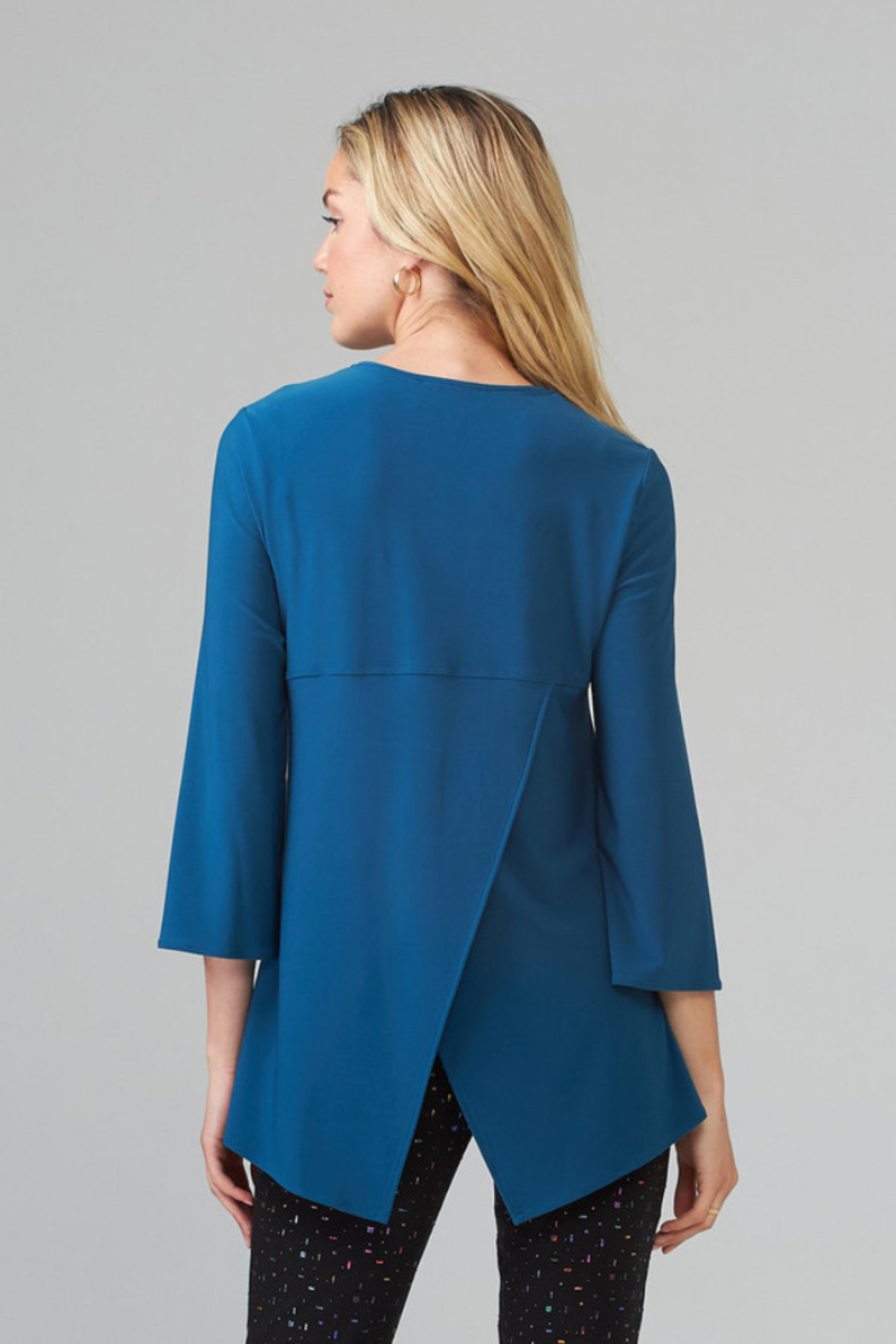 Joseph Ribkoff  V-neck tunic top, zip up front - Side Cropped Image
