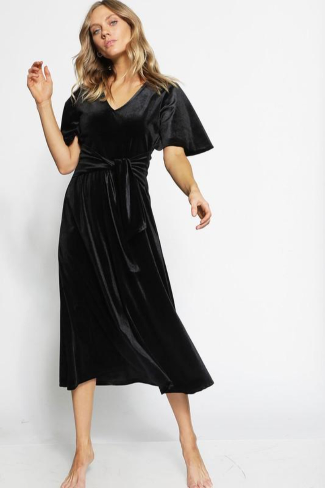 Bibi V- Neck Velvet Midi Dress - Side Cropped Image