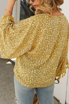 Lyn -Maree's Vacation Button Blouse - Alternate List Image