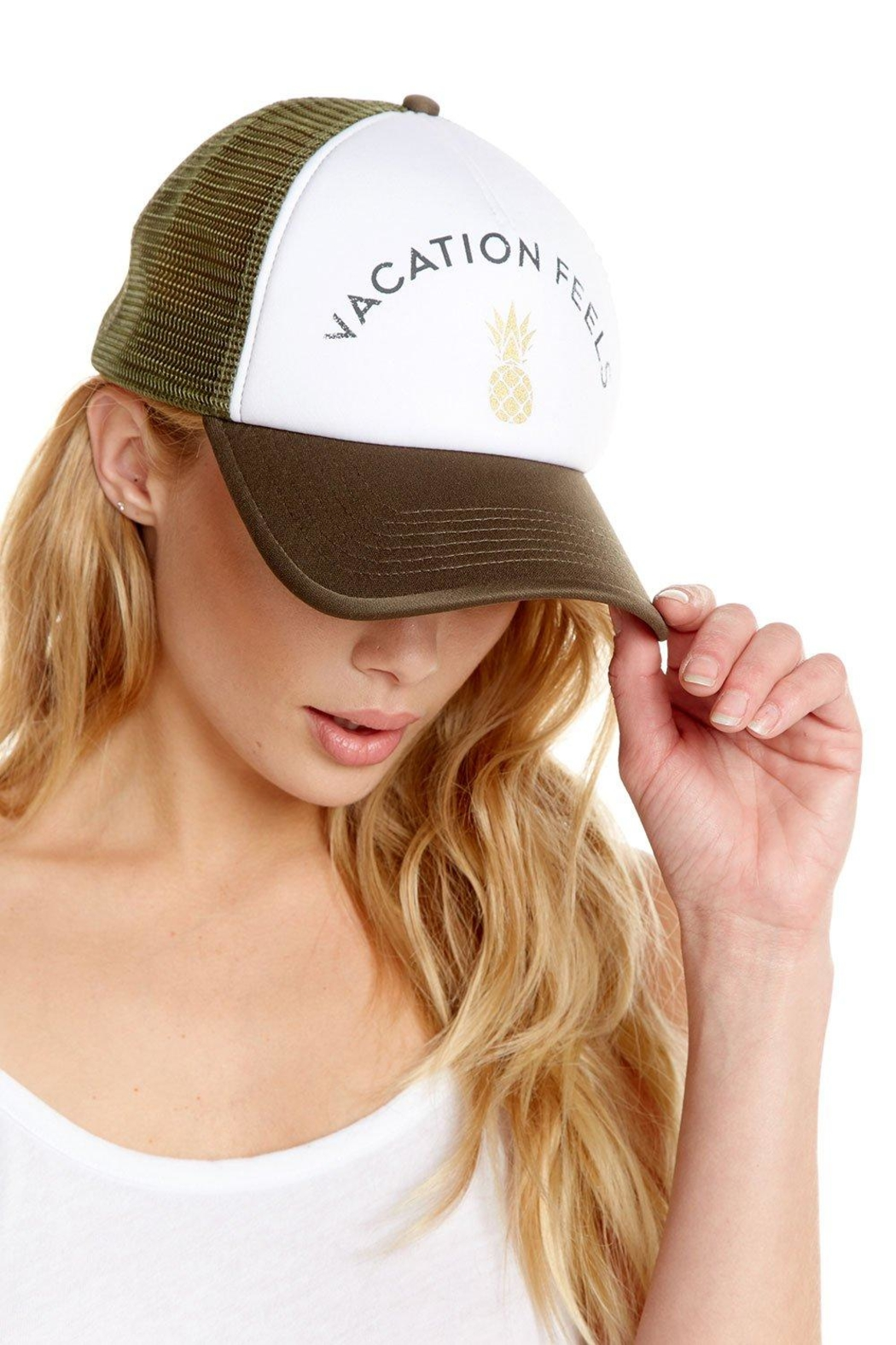 Chaser Vacation Feels Trucker - Front Full Image