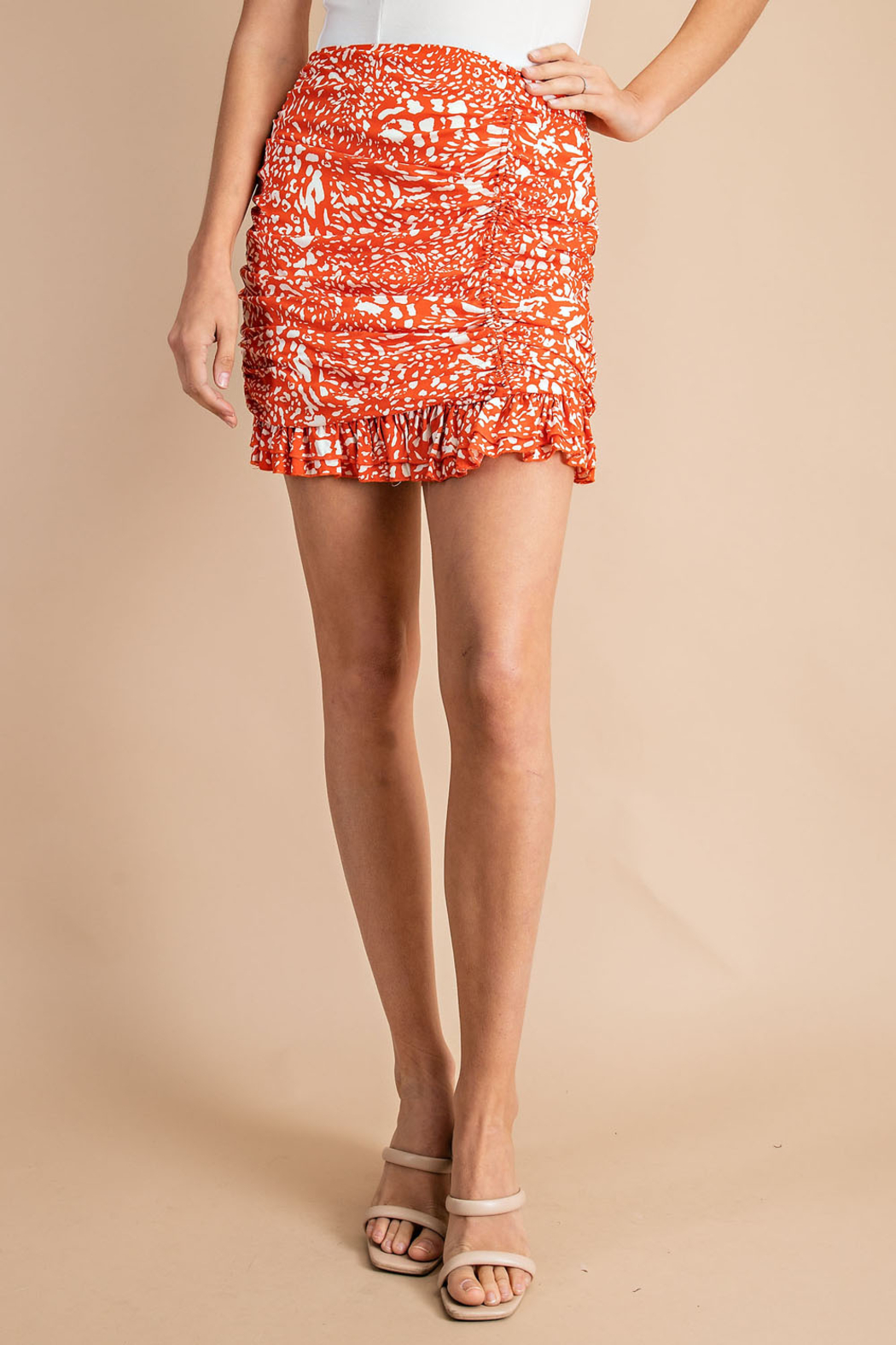 Glam Vacation Vibes skirt - Front Cropped Image