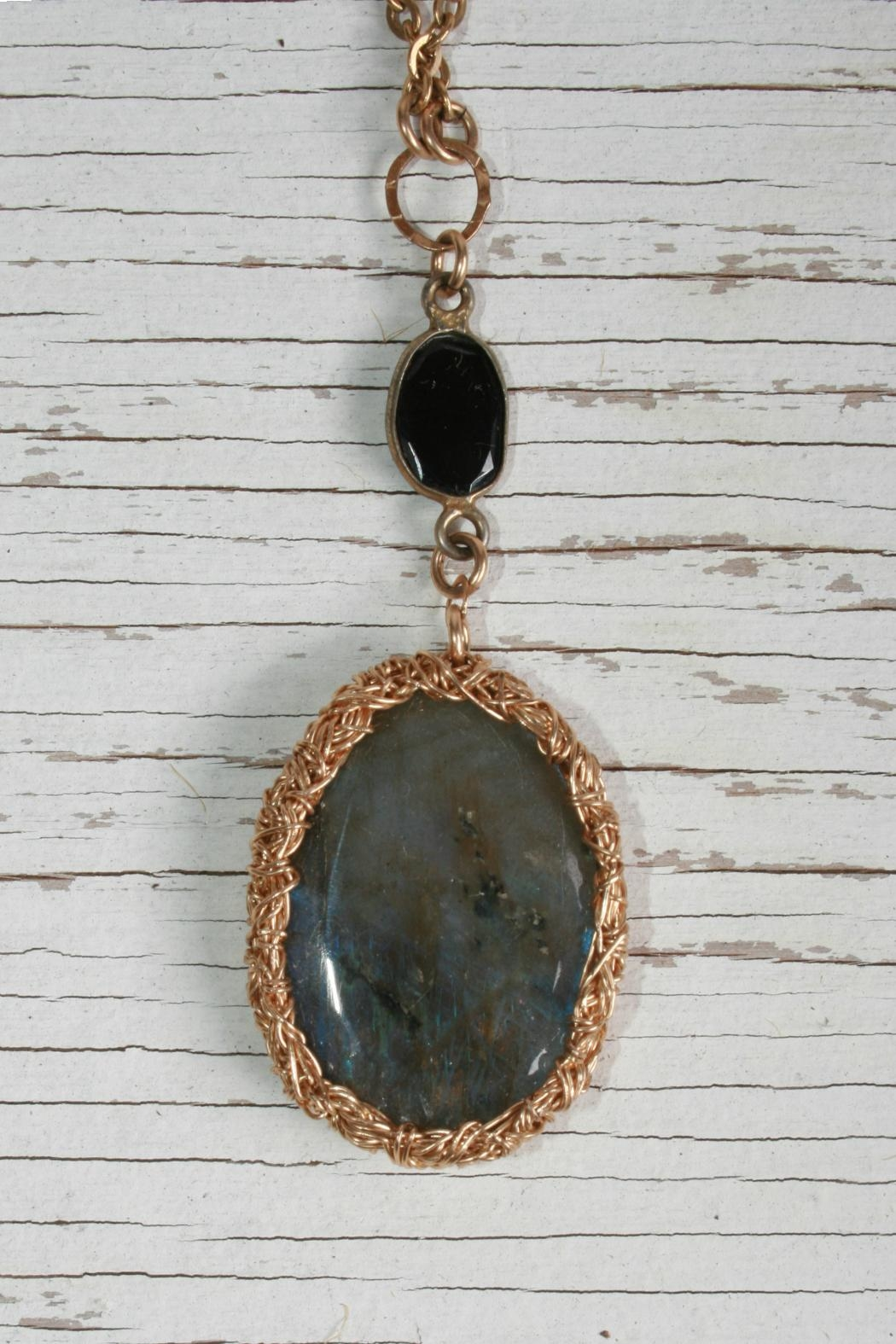 Vahe Twisted Labradorite Stone Necklace - Front Full Image