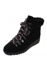 Valdini Sake Boots - Front cropped