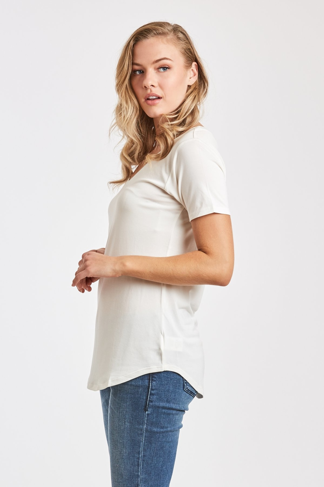 Another Love  Valentina V-Neck Tee - Side Cropped Image