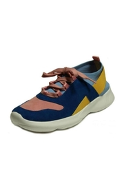 Vaneli Arcis Sneakers - Product Mini Image