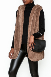 vanilla bay Fuzzy Hooded Vest - Front cropped