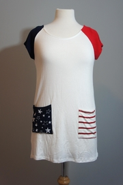 vanilla bay Red-White-Blue Top - Front cropped