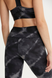 Varley Black Tie Dye Legging - Front full body