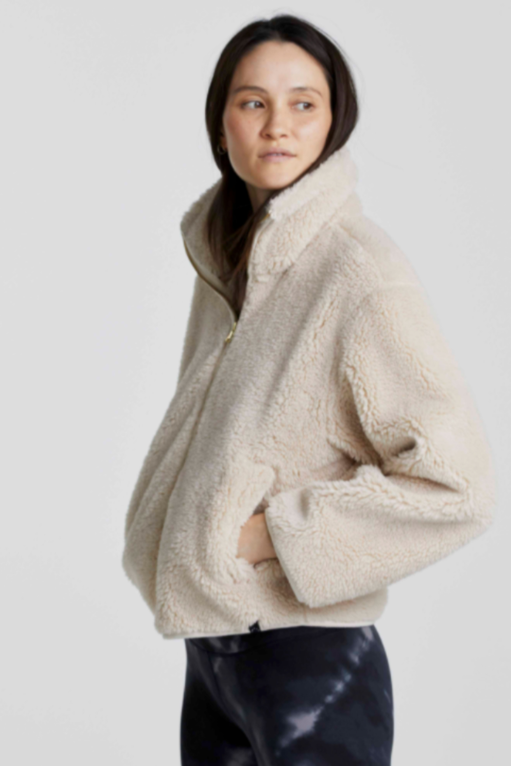 Varley Sherpa zip Front - Side Cropped Image