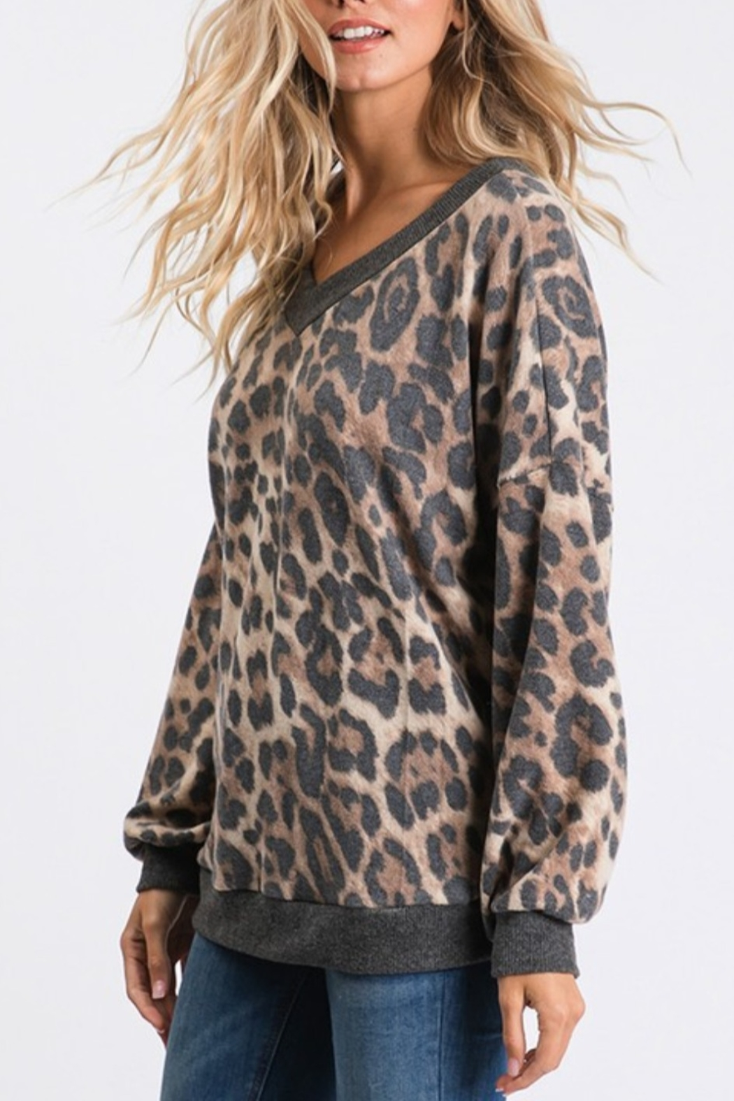 CY Fashion Vee Neck Leopard - Side Cropped Image