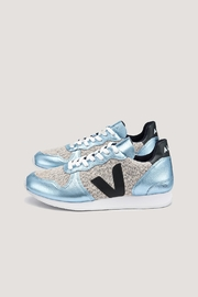 Veja Holiday Snow Iceberg - Product Mini Image
