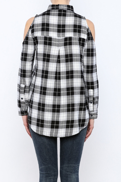 Velvet Heart Finely Cold Shoulder Plaid Top - Alternate List Image