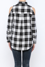 Velvet Heart Finely Cold Shoulder Plaid Top - Back cropped
