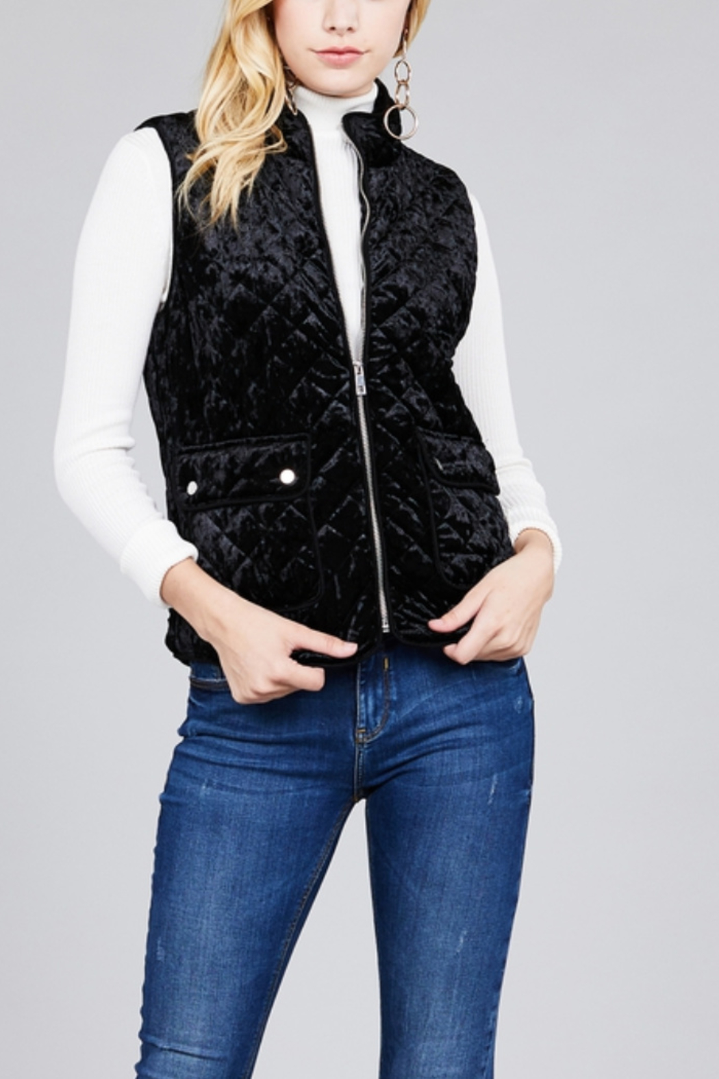ColoringYou Velvet Quilted Vest - Main Image