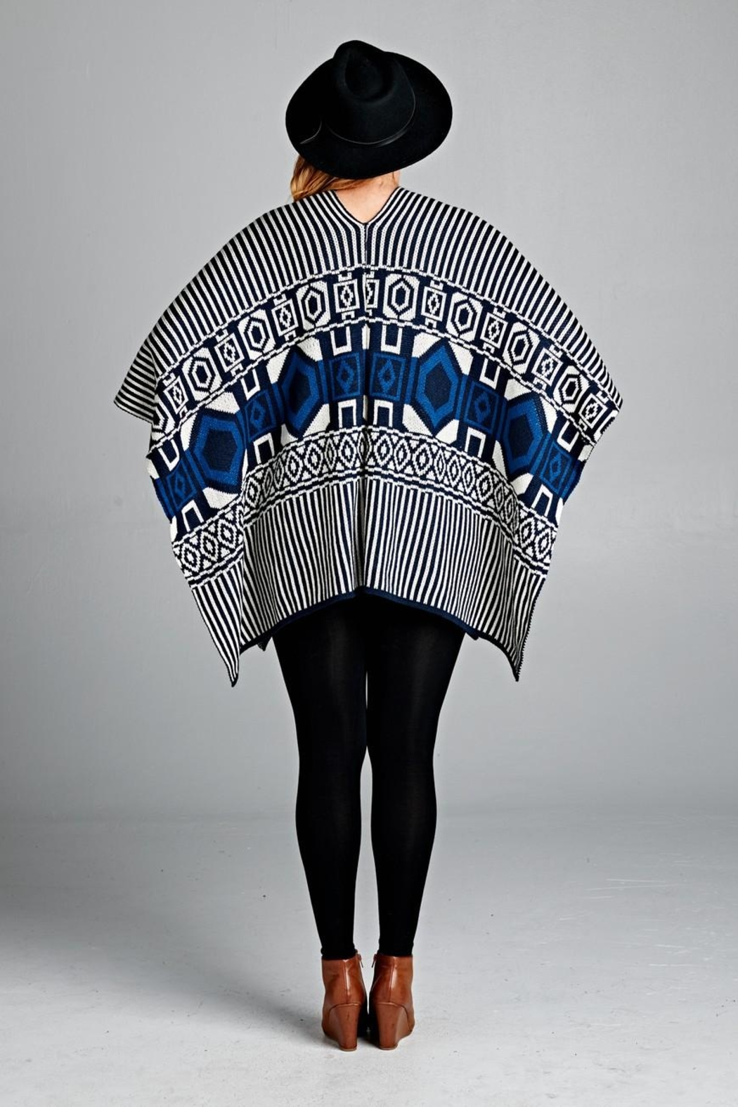 Velzera Geo Fringe Trim Cape - Side Cropped Image