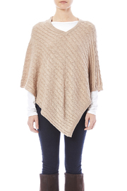 Venezia Cashmere Cashmere Cable-Knit Poncho - Side cropped