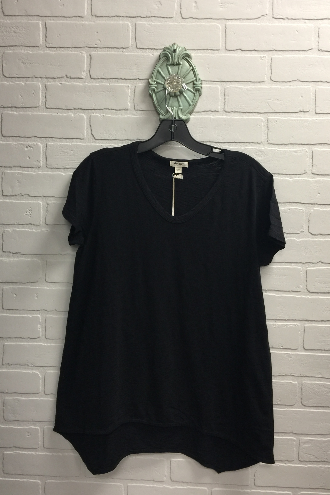Dylan by True Grit Vented Hem Tee - Front Cropped Image