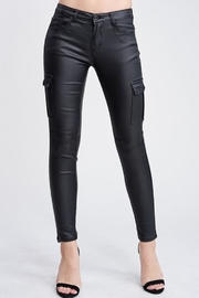 Venti 6 Leather Cargo Pants - Front cropped